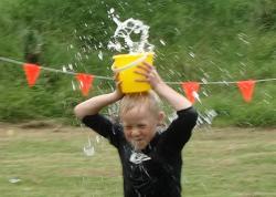 Water bucket head